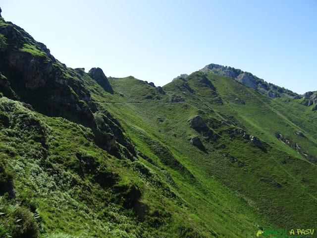 Sendero desde el Collado Galabín hasta Trespandiu