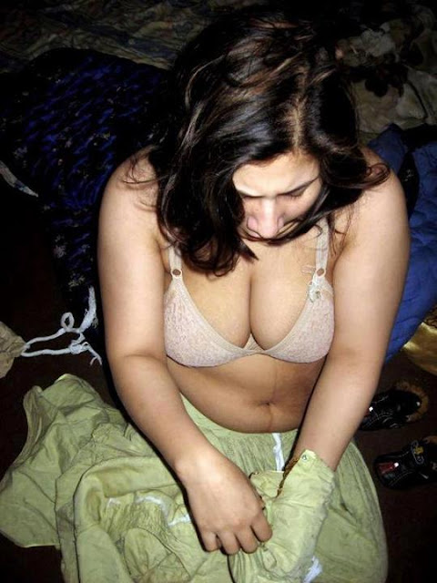 Hot Indian Babes,Real Sexy,Desi Cleavages,Mallu Sex,Indian -9299