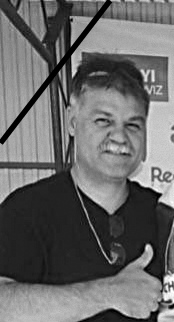 Elhunyt Tokaji Róbert