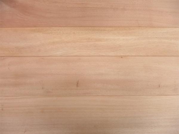マホガニー植林材の一枚物フローリング