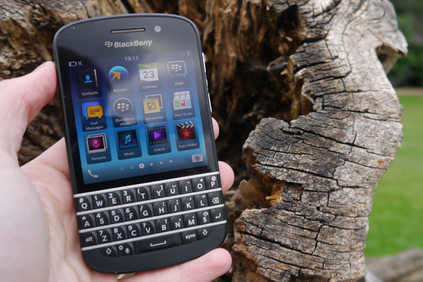 Ternyata Ini 4 Daya Tarik Handphone Blackberry Q10!