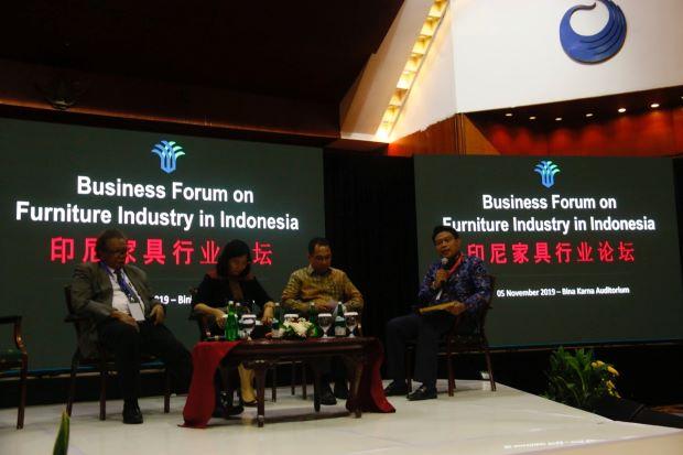 Puluhan Pengusaha Frunitur asal China Akan Relokasi Pabrik ke Jawa Tengah