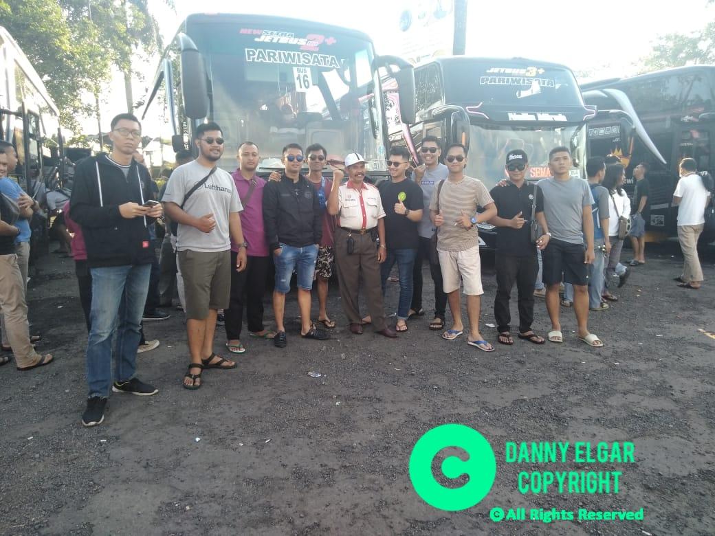 Bus Pariwisata Citra Dewi