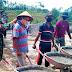 Angkong, Alat Bantu Paling Efektif di TMMD Jatiwarno