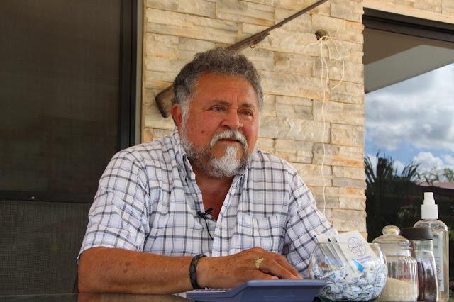 Carlos Salomón Barbosa, aspira a un tercer mandato municipal de Ticul