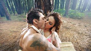 Bipasha Basu And Karan Grover Sexiest Lip Kiss