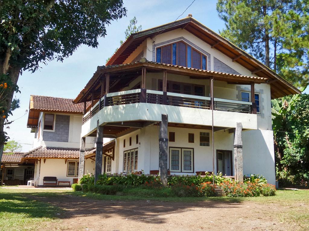 Ilustrasi villa di Lembang