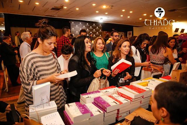 Editora Chiado.