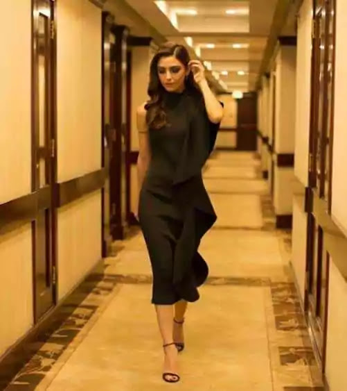 Maya Ali Shows Off Her Stylish Side In Her Latest Instagram Picture