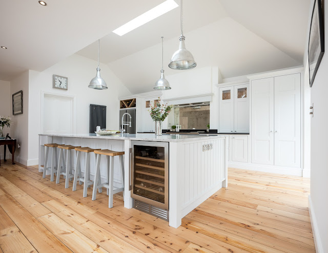 Grey Shaker Kitchen - Sunningdale, Berkshire