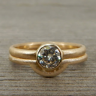 stackable moissanite gold rings
