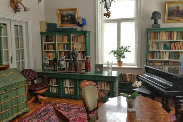 StawiskoStawisko, Zwiedzanie Dworku Iwaszkiewicza, Ciekawe miejsca w Warszawie