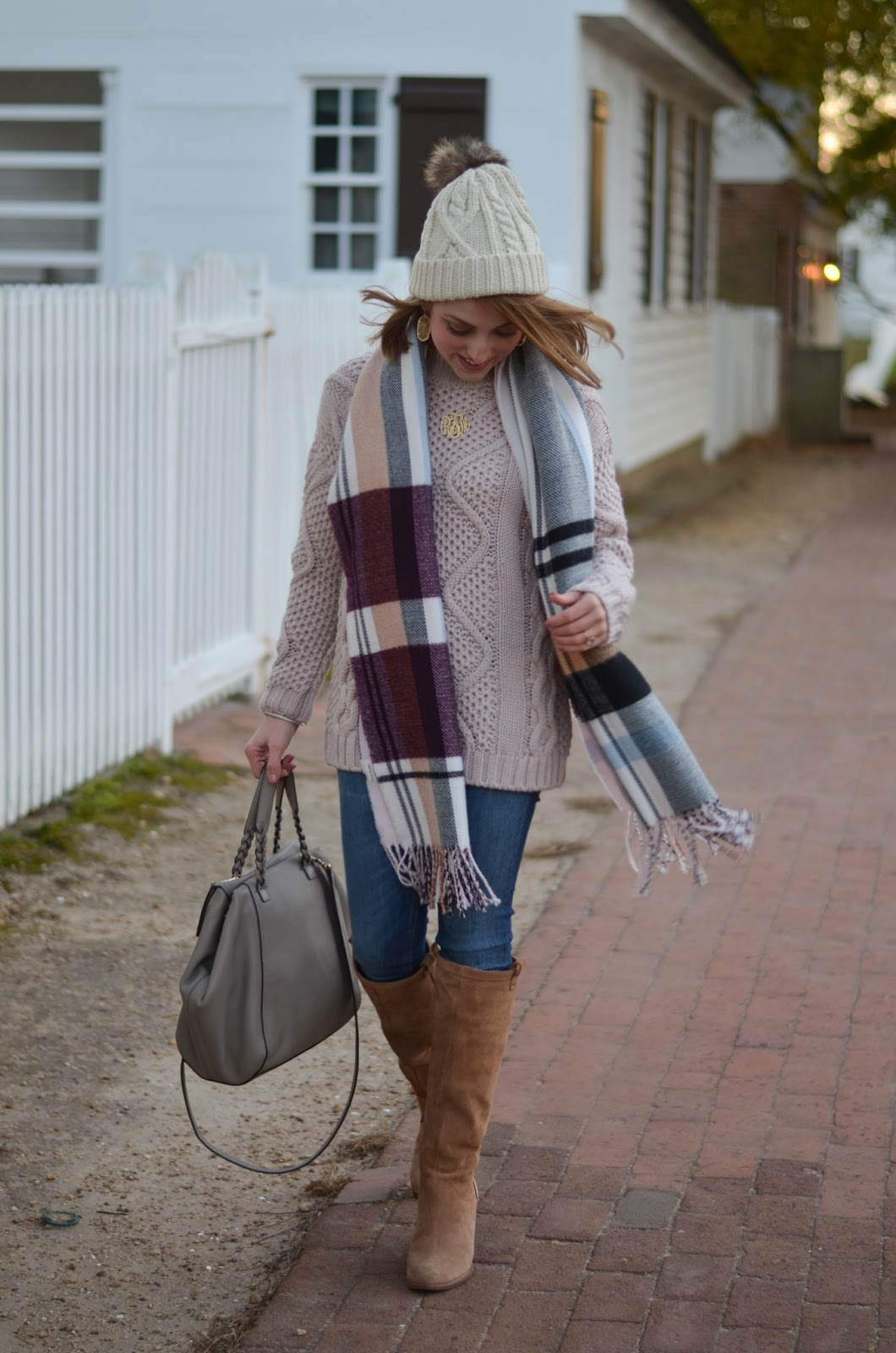 Cozy Pink Sweater - Something Delightful Blog