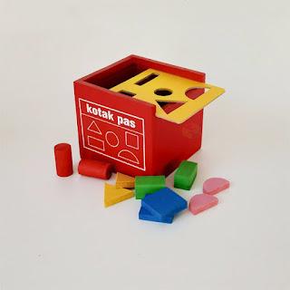Kotak Pas APE