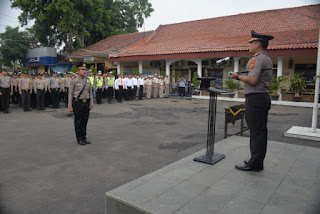 Kapolres Cirebon Kota Pimpin Penggalangan Dana Untuk Korban Bencana Alam