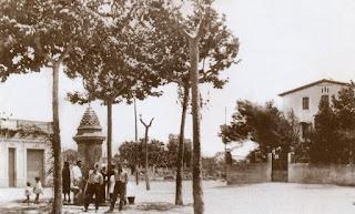 Plaza Española y su fuente (Circa 1930)
