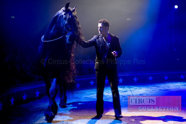 le frison du Cirque Knie et son cavalier