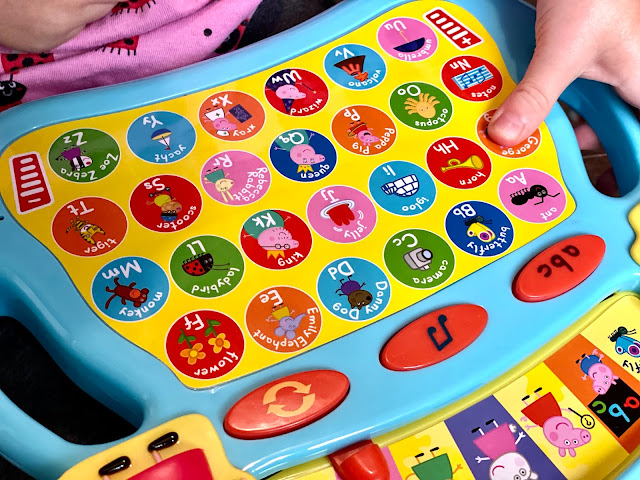 Close up of the Peppa Pig keyboard as described in accompanying text