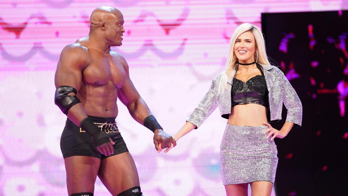 "Vince McMahon disse a Bobby Lashley para ""se divertir"" na storyline com Lana e Rusev"