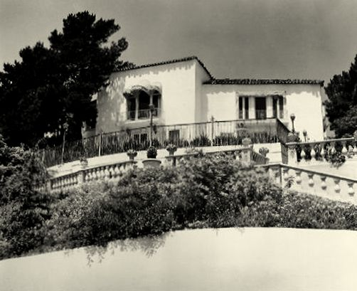 My Love Of Old Hollywood: Hollywood at Home: Rudolph Valentino's