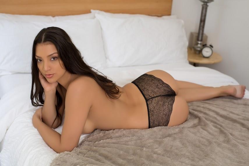 [Playboy Plus] Kelsi Shay - Daydreamer