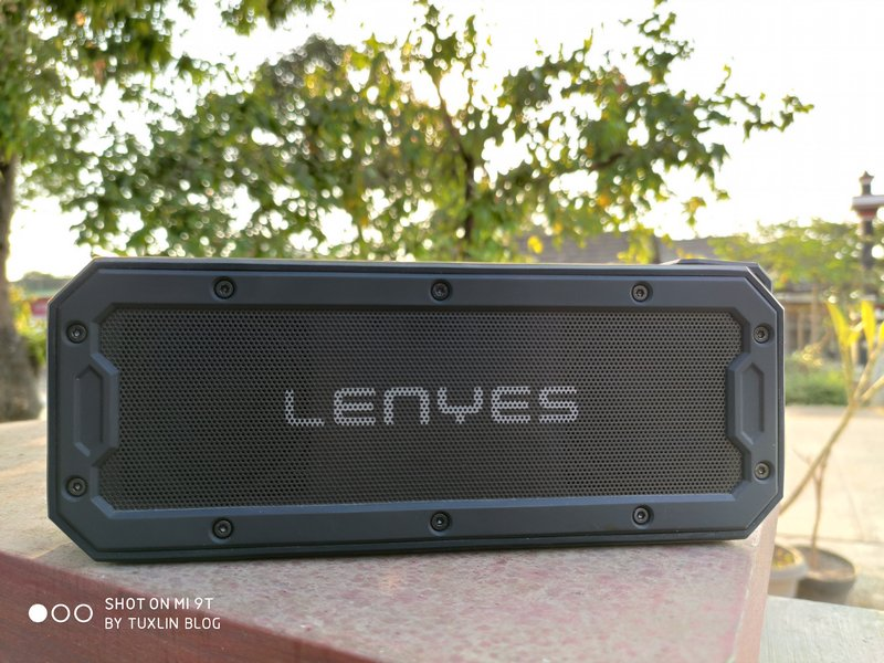Review Lenyes S108, Speaker Bluetooth Tangguh dan Menggelegar
