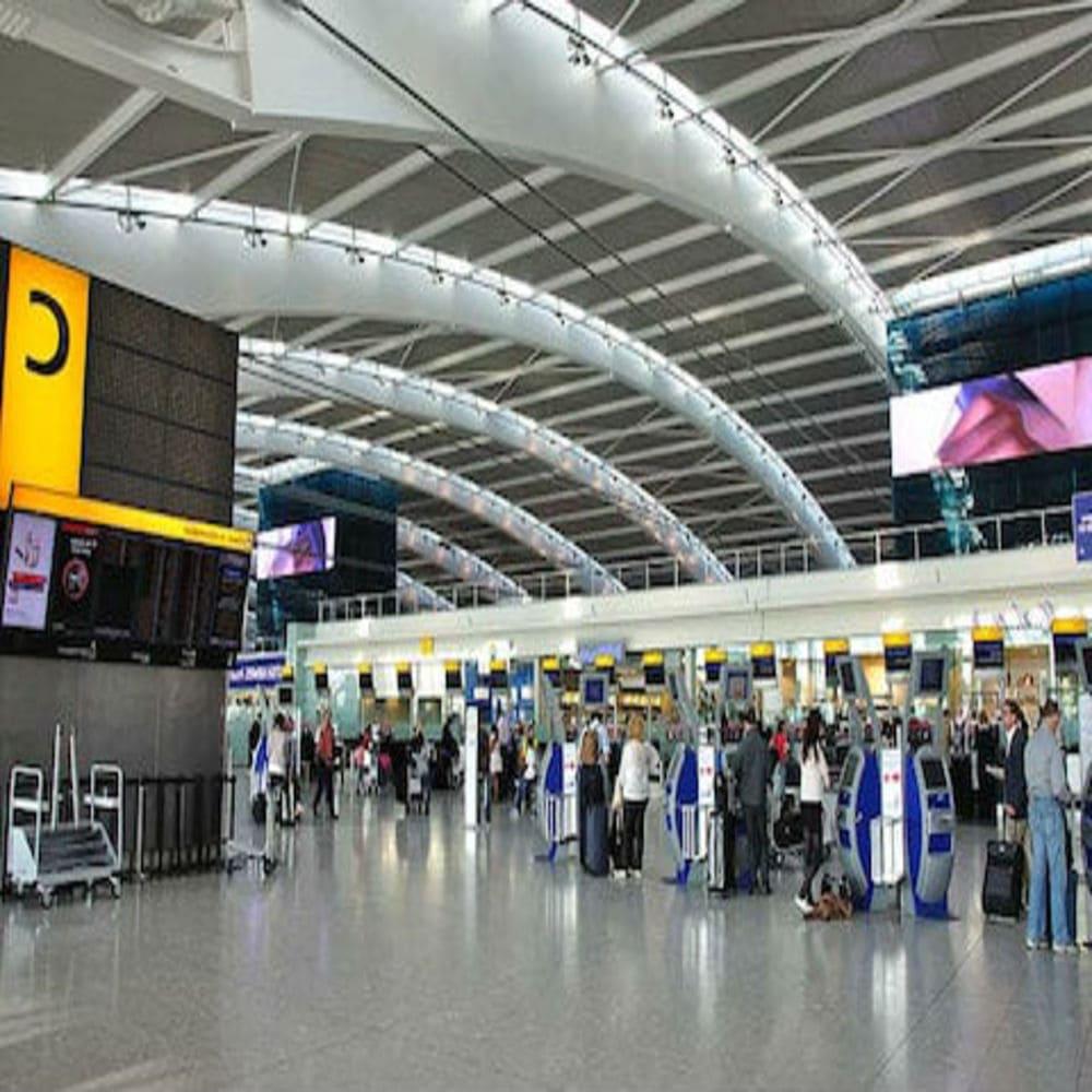 kak-nachat-i-vesti-trevel-blog-aeroport-london