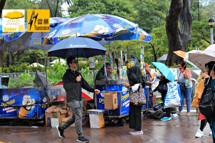 Hong Kong Observatory Keluarkan Sinyal Hujan Lebat 'Yellow Amber' dan Badai Petir
