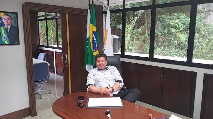 Oliboni no PTB de Curitiba em contato com lideranças políticas do Estado e empresários