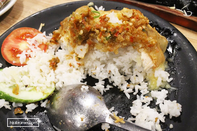 Ayam Geprek Mozarella Love and Eat Cafe Benhil Jakarta