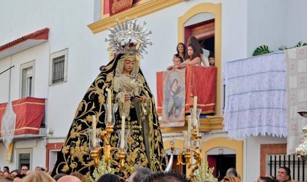 La procesión extraordinaria de la Virgen de la Soledad de Cantillana se aplaza al domingo por riesgo de lluvia