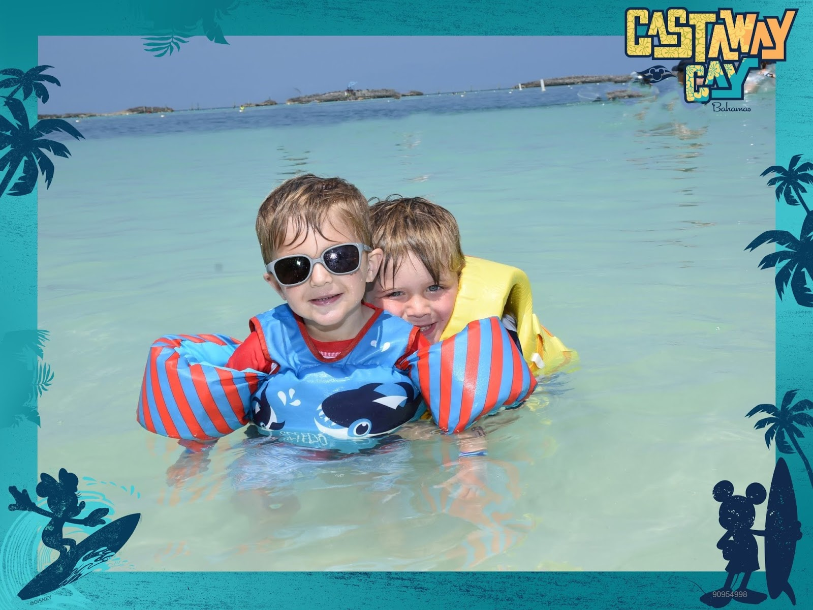 disney cruise tips, best cruise ever, disney dream cruise, cruise with a baby, cruise with a toddler, best tips for cruising, best tips for cruising with a toddler, date night on a cruise, port adventures disney, castaway cay disney cruise, nassau disney dream, nassau port adventure, nassau port