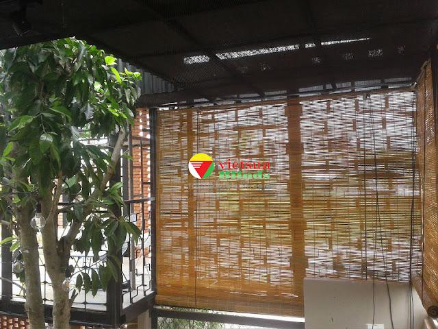 Rèm trúc giá rẻ được bán nhiều nơi khắp khu vực TPHCM những năm gần đây.