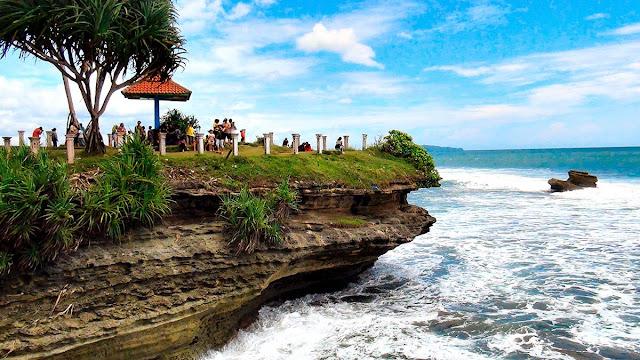 Wisata Tepi laut Pangandaran,