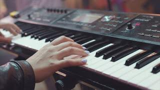 Keyboard Musik Murah Untuk Pemula