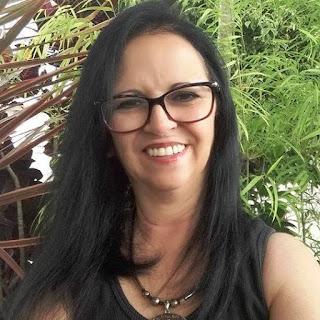 A Professora defende vacinação prioritaria para professores