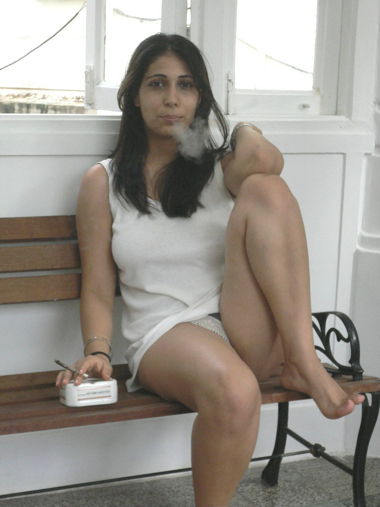 Simple Pakistani Girl Wallpaper Hot And Sexy Models Photos Collection Real Hot And Sexy
