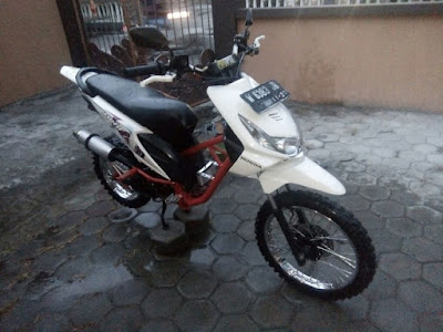 Modif Beat FI Trail Warna Putih