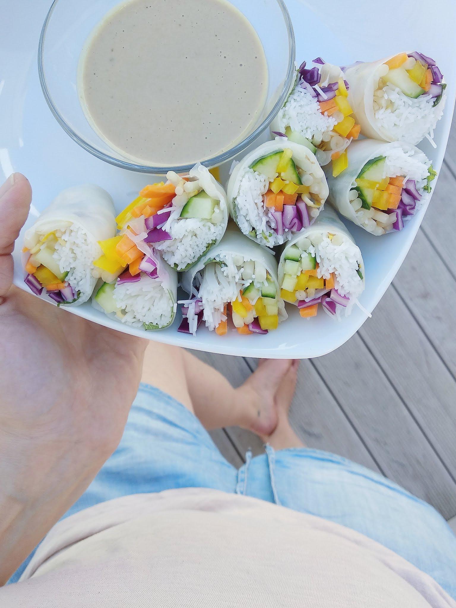 Super im Sommer: Knackiges Gemüse in Reispapier gerollt aka Sommerrollen