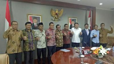 Pertemuan Seskab-Parpol Pro Jokowi Bahas Kritikan ke Pemerintah - Info Presiden Jokowi Dan Pemerintah