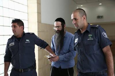 Dos meses después de haber cumplido diez años de prisión por intento de asesinato en la Marcha del Orgullo Gay en Jerusalem, Yishai Schlissel asesinó a puñaladas a Shira Banki y atacó a seis personas más, en las mismas circunstancias. Hoy la justicia lo sentenció a la pena máxima y terminará sus días en prisión.