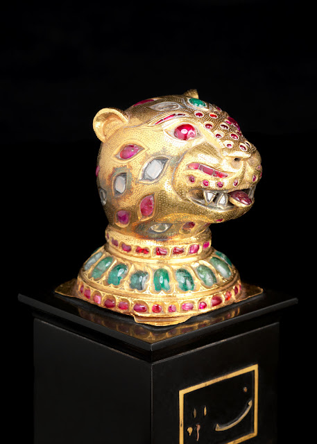 gold-finial-in-the-form-of-tiger's-head-from-the-throne-of-tipu-sultan
