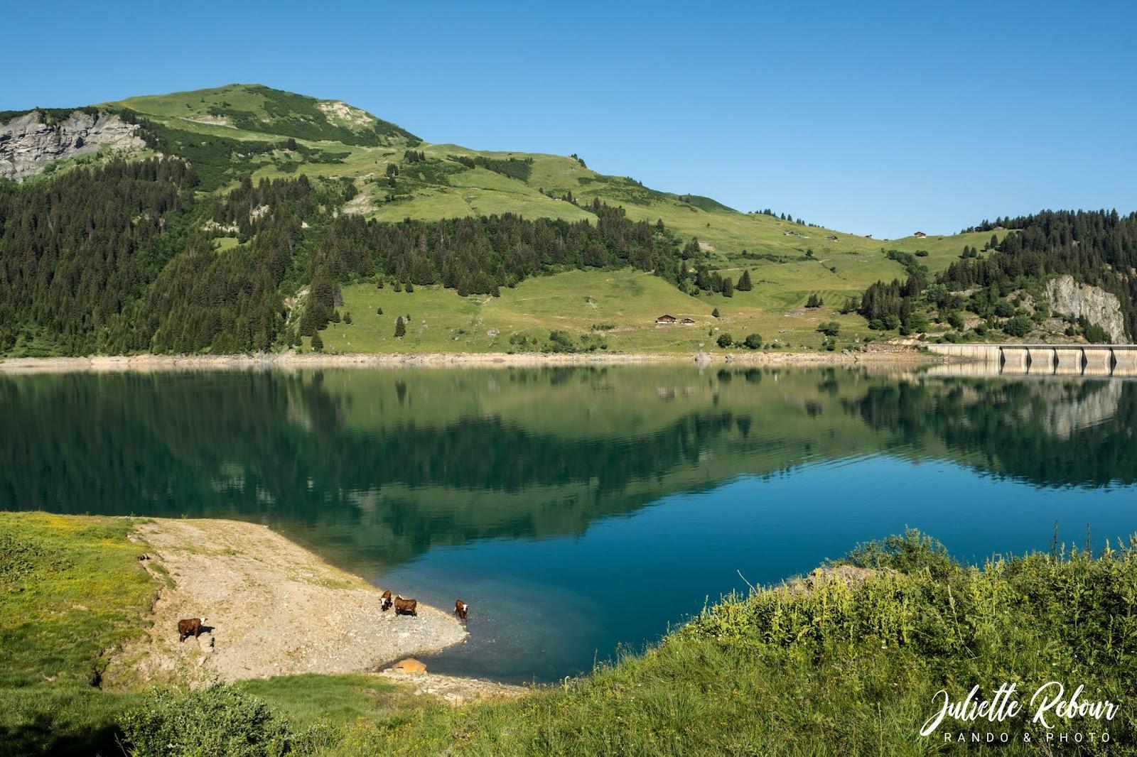 Randonnée autour du lac de Roselend