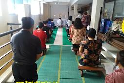 Ibadat Adorasi Komunitas Tritunggal Mahakudus Harapan Indah