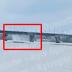З відремонтованого 10 днів тому мосту Патону знов ллє водоспад (відео) - сайт Деснянського району