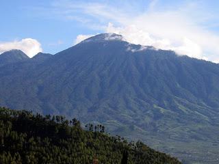 Jalur Pendakian Gunung Arjuno Via Batu Bagi Para Pendaki
