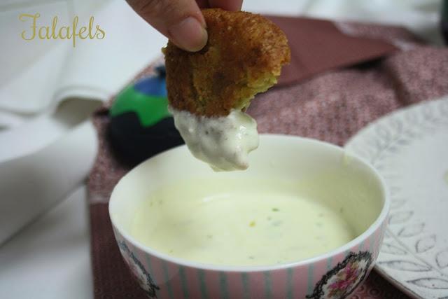 Falafels  ,salsa de yogur