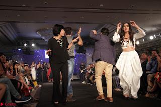 Meenakshi Dixit Walks the Ramp At Designer Nidhi Munim Summer Collection Fashion Week (15).JPG