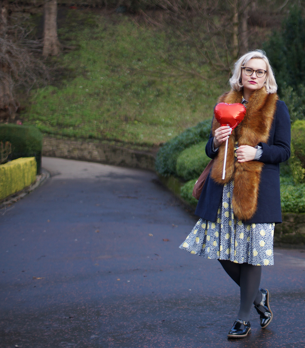 luxury faux fur scarf, how to wear faux fur, lemon print dress, Kerrie Aldo bag, Clarks shoes, blogger favourite, edinburgh blogger, award winning Scottish fashion blogger