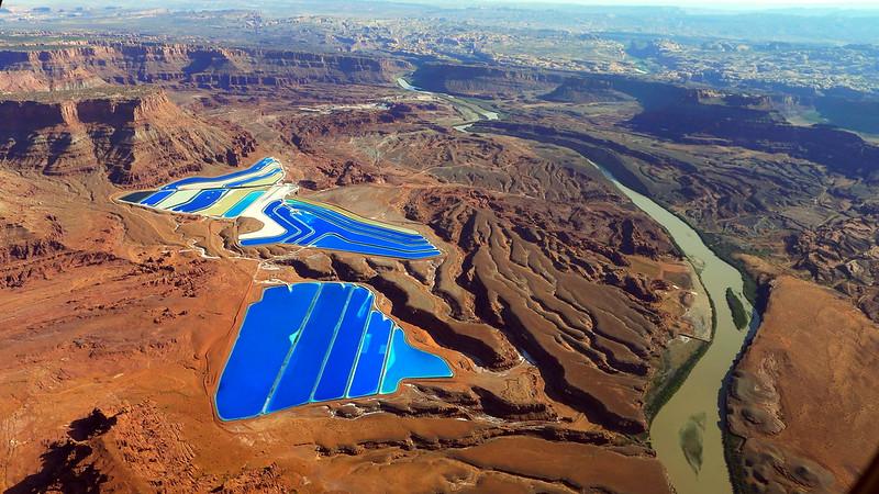 potash ponds, potash mine, potash mines, moab united states, potash evaporation ponds, potash moab, potash utah, potash mine pools, evaporation pond, potash mine utah, ponds usa, potash ponds moab, solar evaporation ponds, moab pools,